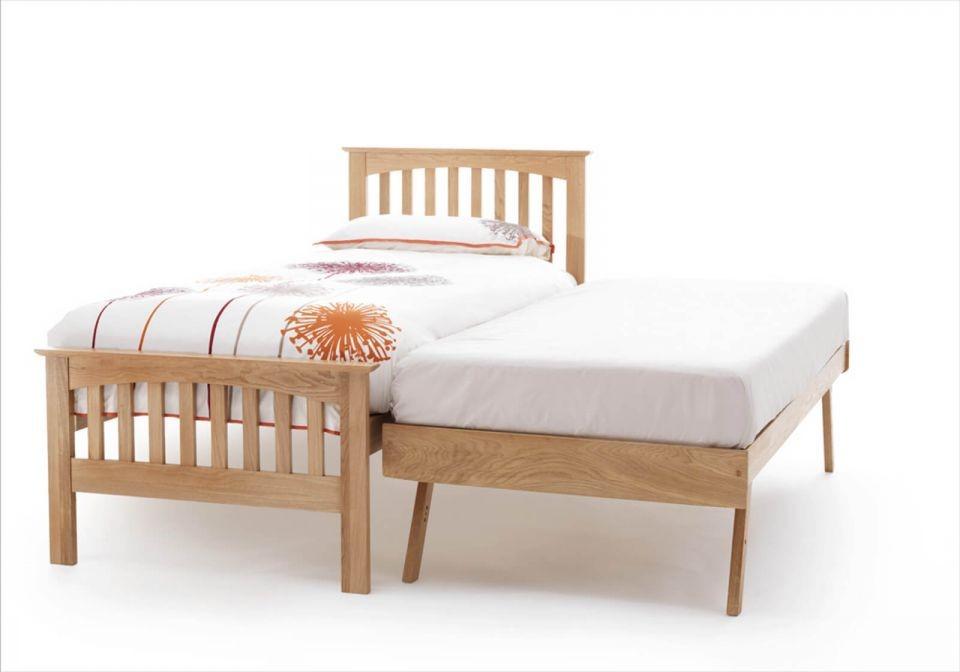 Windsor Oak Guest Bed